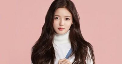 Biodata dan 20 Daftar Drama Kim Yoo-jung, Pemeran Jung Saet Byeol di Backstreet Rookie