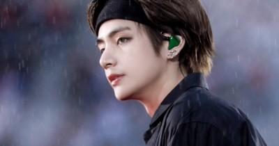 Saudara Seorang Penyanyi Rap Pemenang Grammy Pakai Kaos 'Tae is Bae'