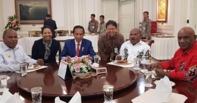 6 Fakta Rapat Terbatas Jokowi dan Menteri pakai Teknologi Teleconference