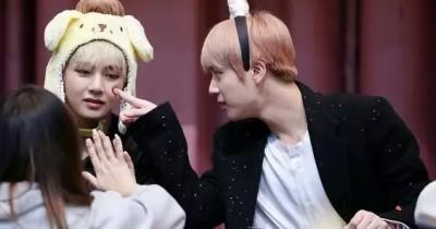 Perayaan Anniversary 2th Lagu Jin 'Epiphany' dan 1st Taehyung 'Winter Bear'
