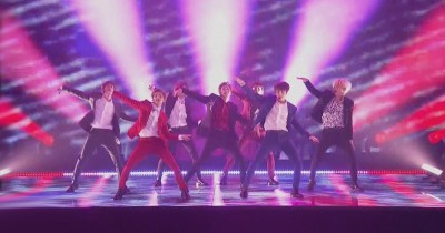 BTS Performance 'Boy With Luv' di Acara Tokopedia yang Disiarkan di SCTV