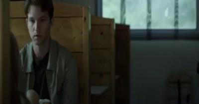 Sinopsis Film The Abors (2021): Pria Muda yang Bertemu Makhluk Kecil Misterius