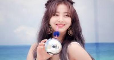 Rayakan Ultah ke 15 Bersama JYP Entertainment, Jihyo TWICE Unggah Foto saat Kecil di Instagram