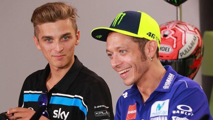 Rossi punya adik tiri yang Bertanding di Moto2 untuk Sky Racing Team by VR46