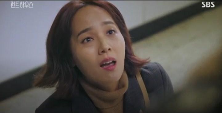 Momen menyedihkan ketika Yoon-hee memohon pada Seo-jin
